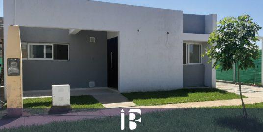 Casa a estrenar barrio Pinar del Sol VI