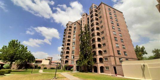 Departamento en edificio Plaza Bombal