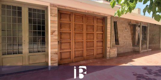 Casa en calle Tito Laciar. Guaymallén