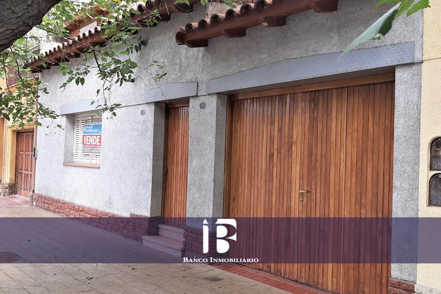 Casa Sexta Sección. Calle Chile
